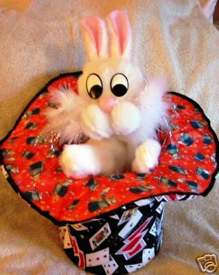 Deluxe Rabbit In The Hat Puppet